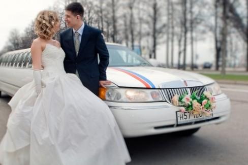 Лучший автомобиль на свадьбу