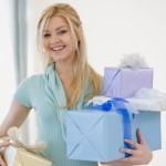 Что лучше всего подарить мама, бабушке и сестре?