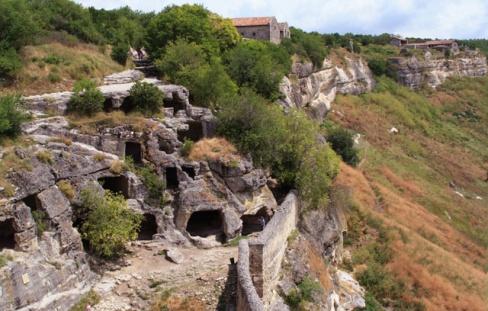 Пещерные города Крыма — Чуфут-Кале