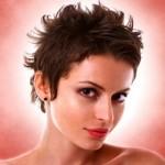 Стильные женские стрижки на короткие волосы в салонах красоты