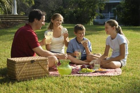 Отдых на природе всей семьей