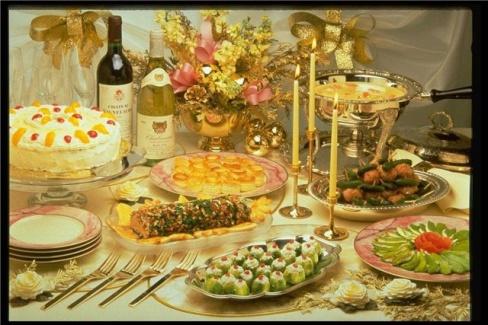 Праздничный ужин с друзьями
