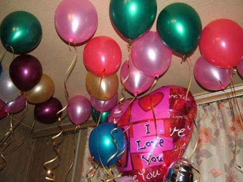 Оформление торжества воздушными шарами