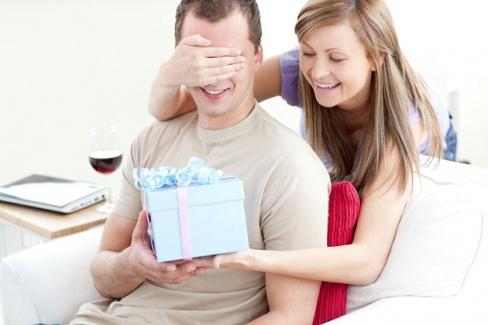 Что подарить на День Рождение любимому супругу?