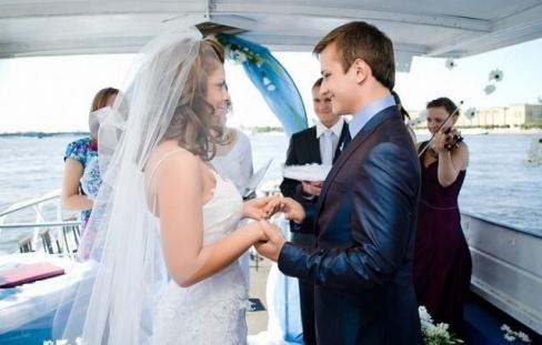 Теплоход на свадьбу. Полезные советы молодоженам