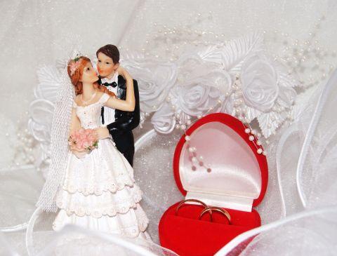 Статуэтки на свадебный торт