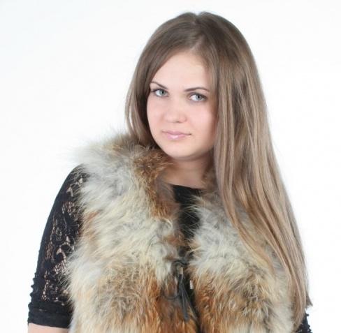 С чем носить меховой жилет, советы модницам