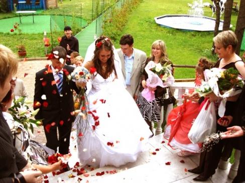 Свадебные обычаи и традиции