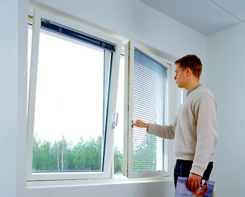 Как правильно ухаживать за пластиковыми окнами?