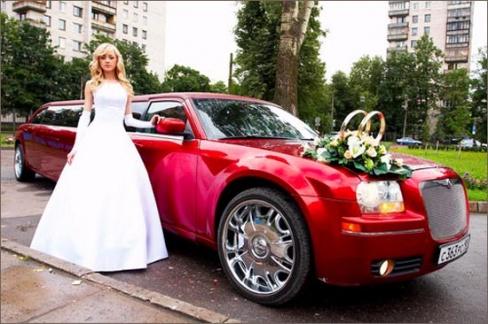 Как украсить лимузин на свадьбу?
