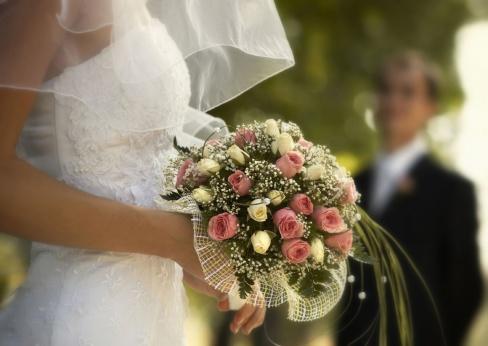 Создаем образ невесты. Выбираем платье