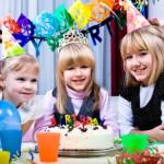 Играем в День Рождения вместе с детьми