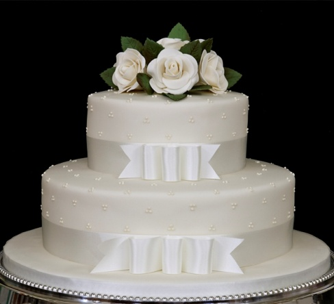 Невероятный свадебный двухъярусный торт