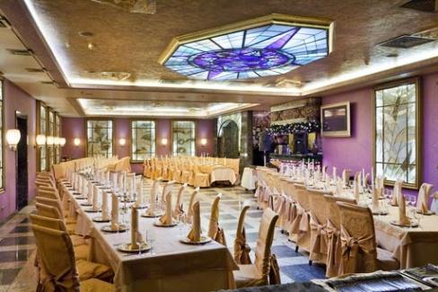 Просторный зал для свадьбы