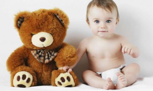 Плюшевая игрушка в подарок ребёнку