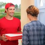 Еда с доставкой на дом: плюсы и минусы