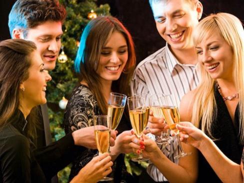Как организовать новогоднюю вечеринку?
