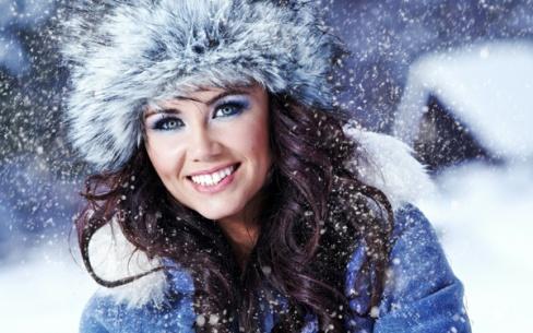 Как правильно одеваться женщине зимой?