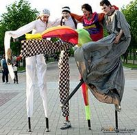Артисты на ходулях