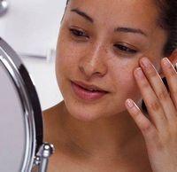 Как бороться с проявлениями пигментации кожи?