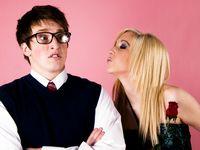 Стоит ли приглашать мужчину на первое свидание?