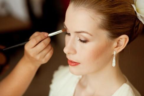 Основные правила нанесения свадебного макияжа