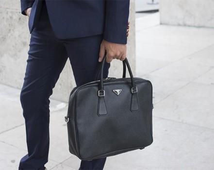 Мужская сумка – ключевой элемент образа