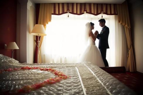 Первая брачная ночь: Как подготовиться?