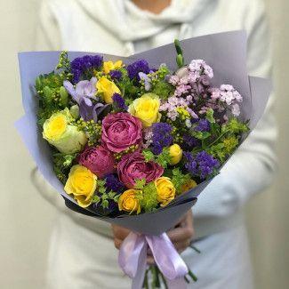 Что подарить на новоселье: выбираем цветы в подарок